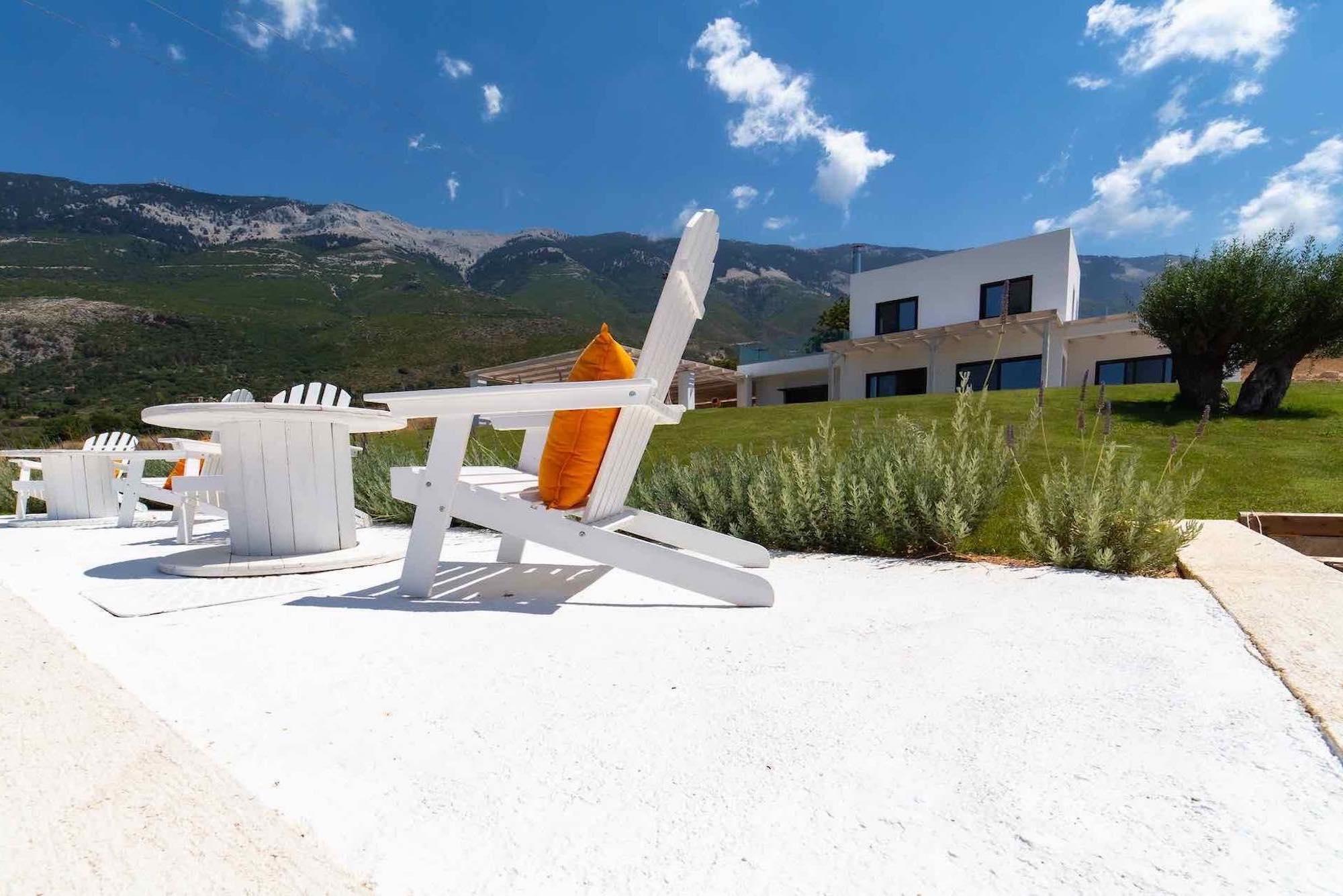 Lourdas Beach Modern Villa with Guesthouse